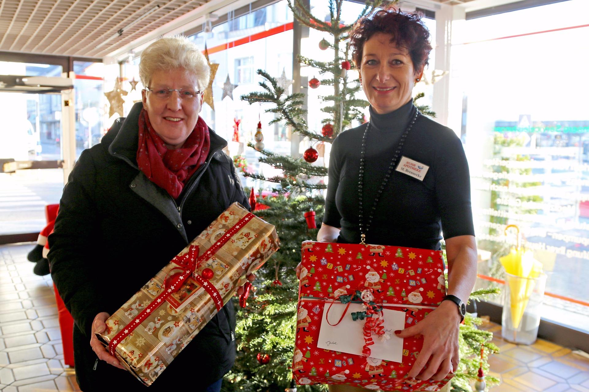 Weihnachtsgeschenke für Kinder aus bedürftigen Familien spenden ...